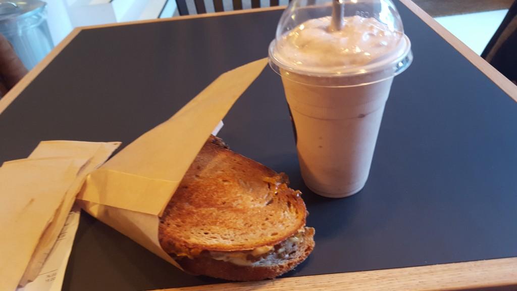 Toast It Aarhus toast og milkshake