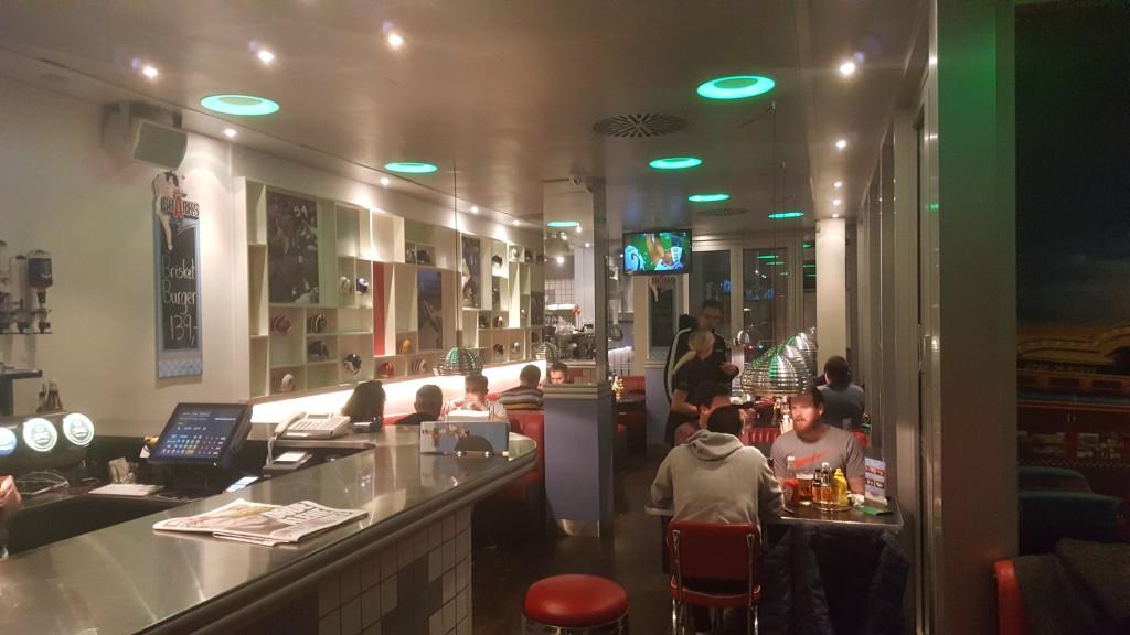 Sharks Diner lokale