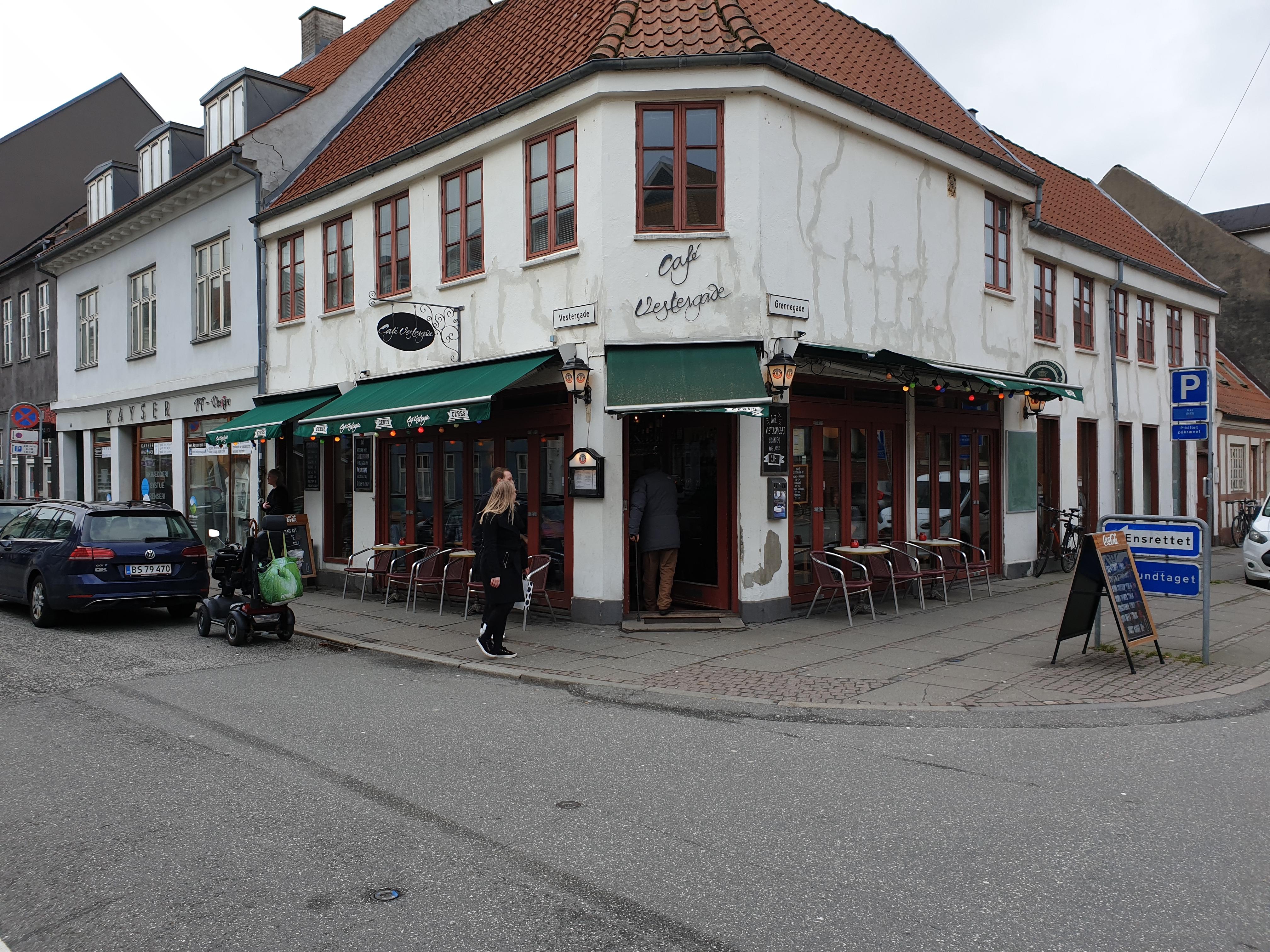 Café Vestergade facade
